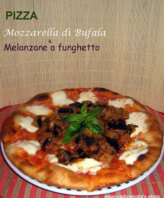 Pizza Gourmet: Mozzarella di Bufala & Melanzane a funghetto