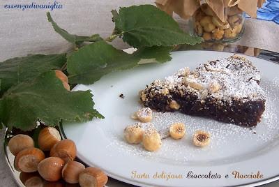 Torta deliziosa Cioccolato e Nocciole (o torta tenerina)