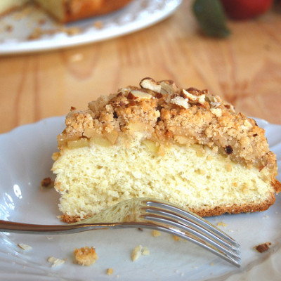 Sono tornata…torta streusel con mele e cannella