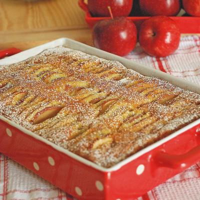 Moelleux con fondente di mele, al profumo di mandorle e vaniglia