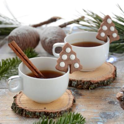 Biscottini di Natale alla Cannella -da appendere alla tazza del té